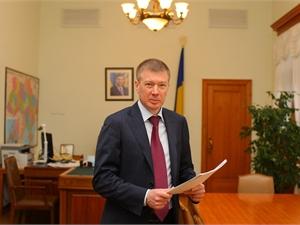 Замглавы Администрации президента Сергей Ларин.